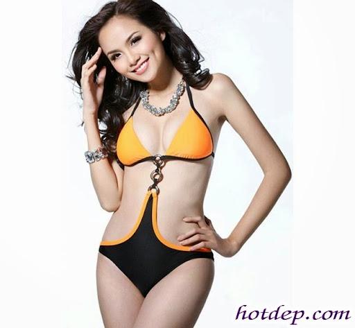 Áo tắm một mảnh ngọt ngào của người đẹp Việt