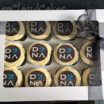 D2NA cupcakes 1.jpg