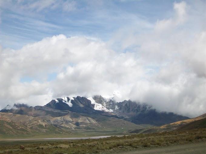 Fotos del camino rumbo al nevado Chacaltaya, El Alto