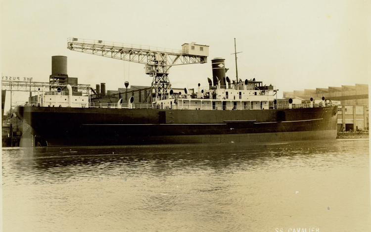 El CAVALIER en fitting out. Pusey and Jones Corporation Photograph Collection.png