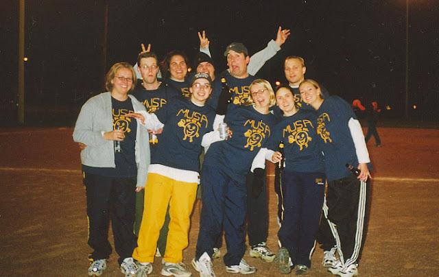 Kickball Fall 2001 - DejaPoo2.jpg