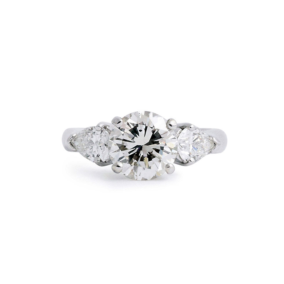 Know Your Options Before Buying Solitaire Diamonds