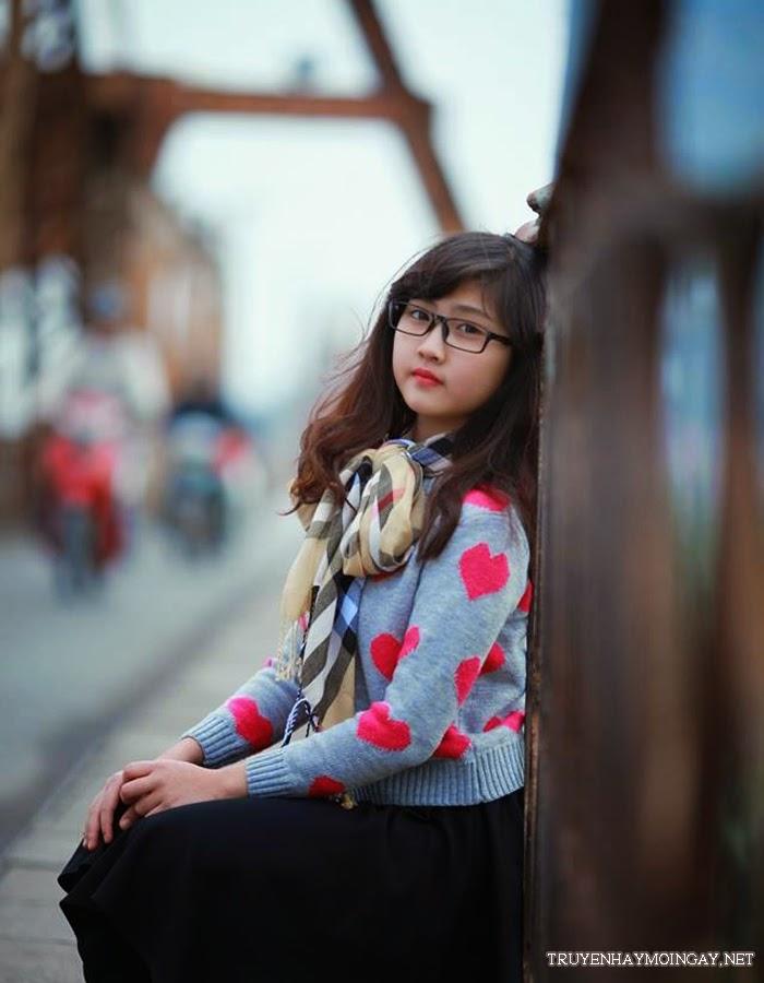 Loạt Ảnh Vẻ Đẹp Dịu Dàng Của Hot Girl 10x Hà Thành