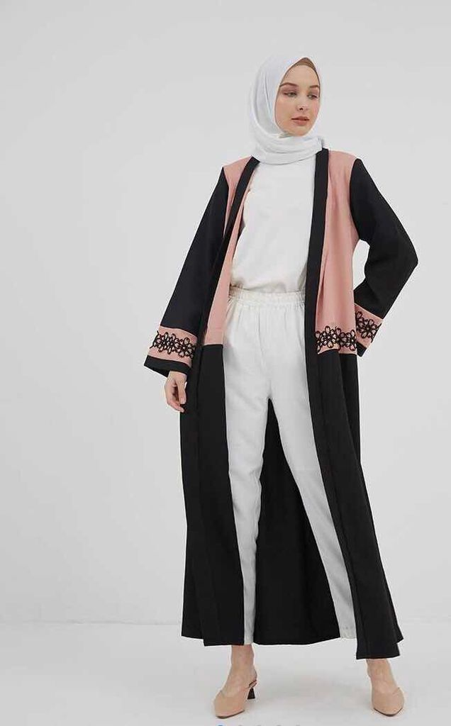 8. House of Ame Jeyma Outer Black