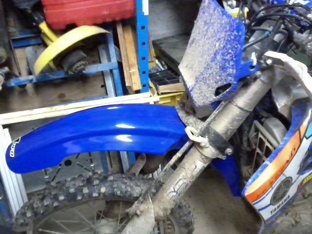 Qu'avez vous fait à votre moto aujourd'hui ? - Page 3 Photo0713%25255B1%25255D