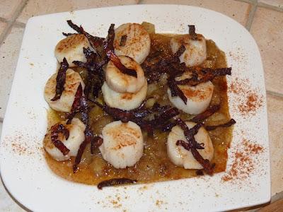 Saint Jacques en caramel d'endives et chorizo - recette indexée dans les Poissons