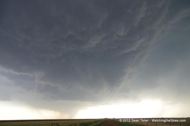04-30-12 Texas Panhandle Storm Chase - IMGP0735.JPG