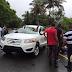 Vientos y lluvia causan daños a vehículos