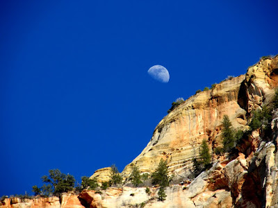 Moon behind Cable Mountain