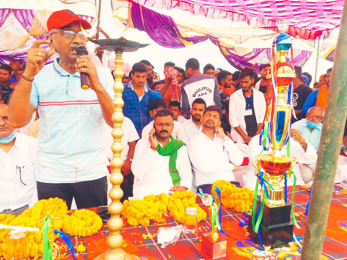 खेल को खेल की भावना से खेलें: संजय शुक्ल