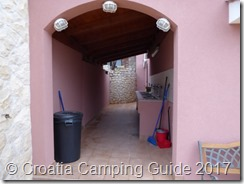 Croatia Camping Guide - Camp Kanić Washing Up Area