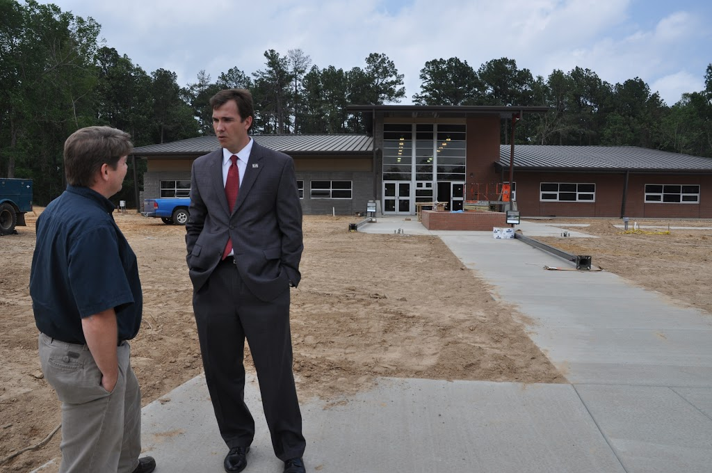Arkansas Secretary of State Mark Martin Visits UACCH-Texarkana - DSC_0357.JPG