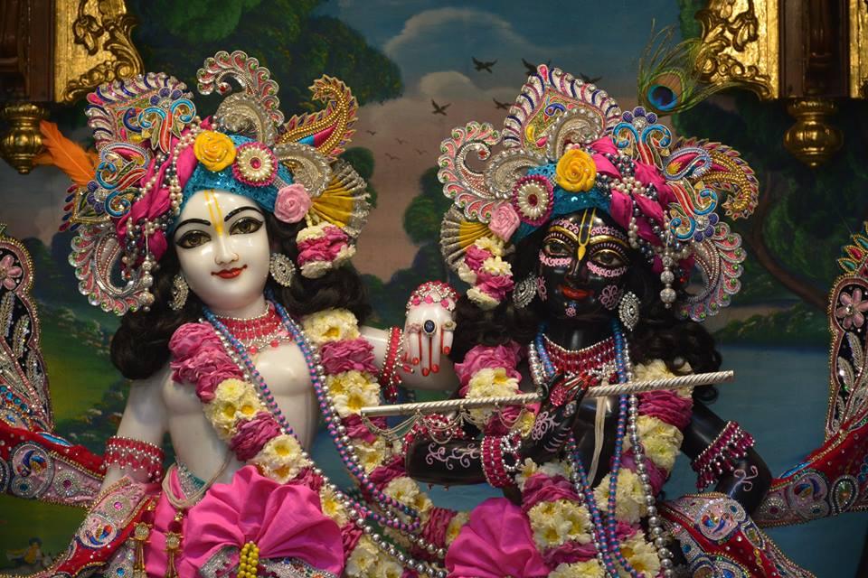 ISKCON Ujjain Deity Darshan 3 April 2016  (20)