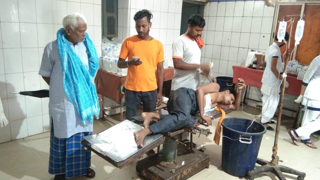 BREAKING NEWS: भोजपुर में अपराधियों ने कपड़ा दुकानदार को मारी गोली, पटना रेफर, तफ्तीश में जुटी पुलिस