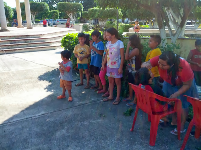 Evangelistic Outreach to Oxcum - IMG_20131018_155047.jpg