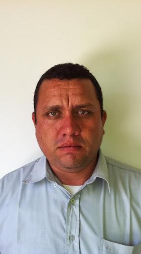 Augusto Mendez Photo 15