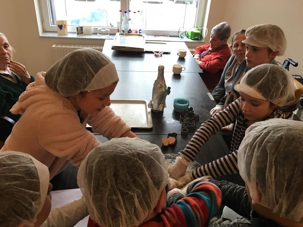 De Knetters op bezoek in het rusthuis - 5.jpg