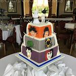Double sided wedding cake 6.JPG