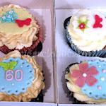 60th cupcakes 3.JPG
