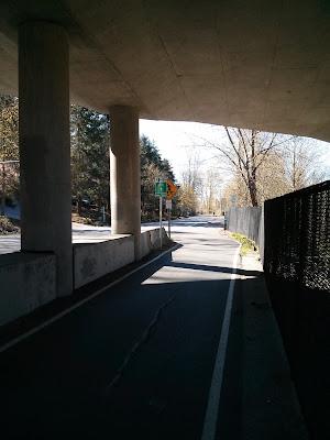 Approaching U-turn to I-90 Trail