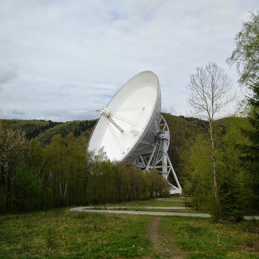RadioteleskopFolge: Sonne, Mond und Sterne