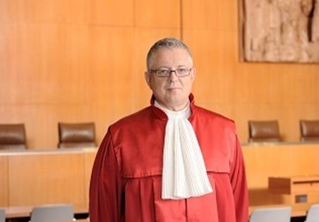 Prof. Dr. Huber