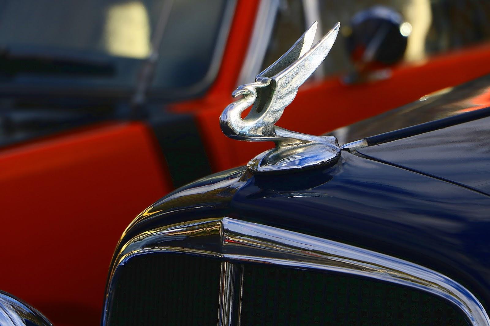1934 Chevrolet Hotrod Hood Emblem.jpg