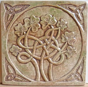 Decorative Handmade Ceramic Tile Ceramic Celtic Shamrock Tile