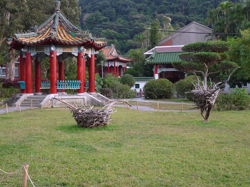 TAIWAN.Taipei. Dans le jardin de lune des nombreuses résidence présidentielle de CKS - P1050085.JPG