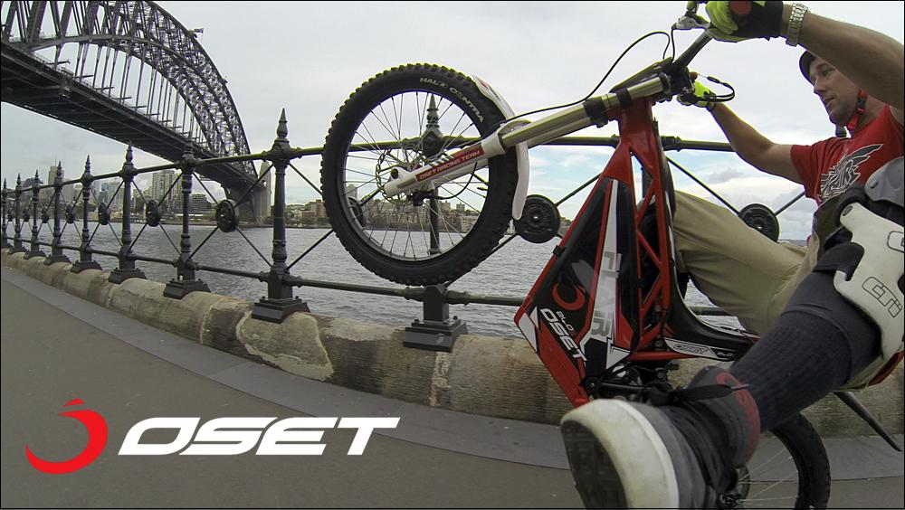 OSET_jack_field_sydney_loc_04_promenade_stunts_05d.jpg