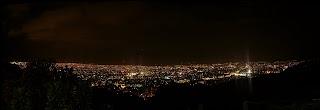 Panorámica nocturna de Cali