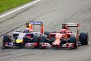 Daniel Ricciardo (Red Bull) VS Kimi Raikkoenen (Ferrari)