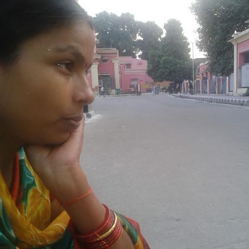 Shashi Chaudhary Photo 19