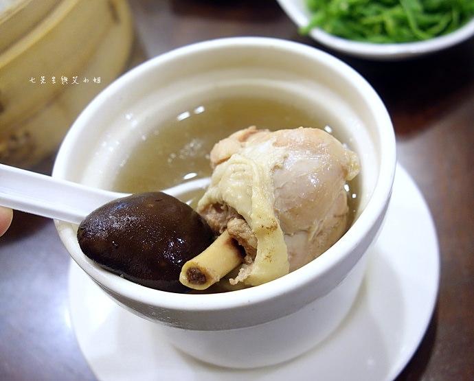 8 杭州小籠湯包
