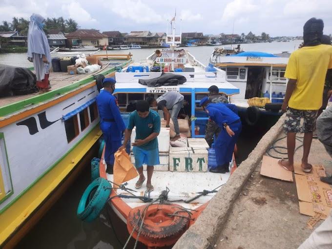 *Tekan Covid-19, Sat Polair Polres Sinjai Gencar Gelar Operasi Yustisi di Pelabuhan Cappa Ujung*