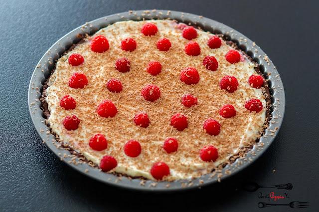 ciasta i desery, tarta, tarta z owocami, tarta z kremem, tarta z mascarpone, tarta z malinami, tarta kakaowa, tarta czekoladowa