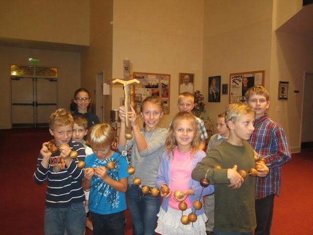 Rosary with Children 10.17.14 pictures by Elżbieta Gürtler-Krawczyńska - IMG_4143.jpg