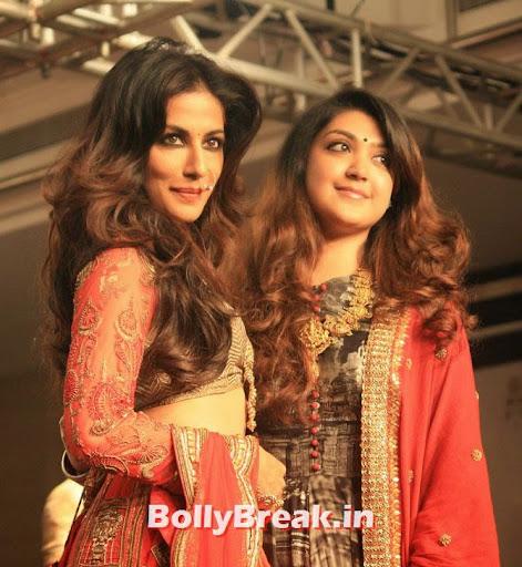 , Chitrangada Singh in red Lehenga Choli Dress - Lakme Fashion Week 2014