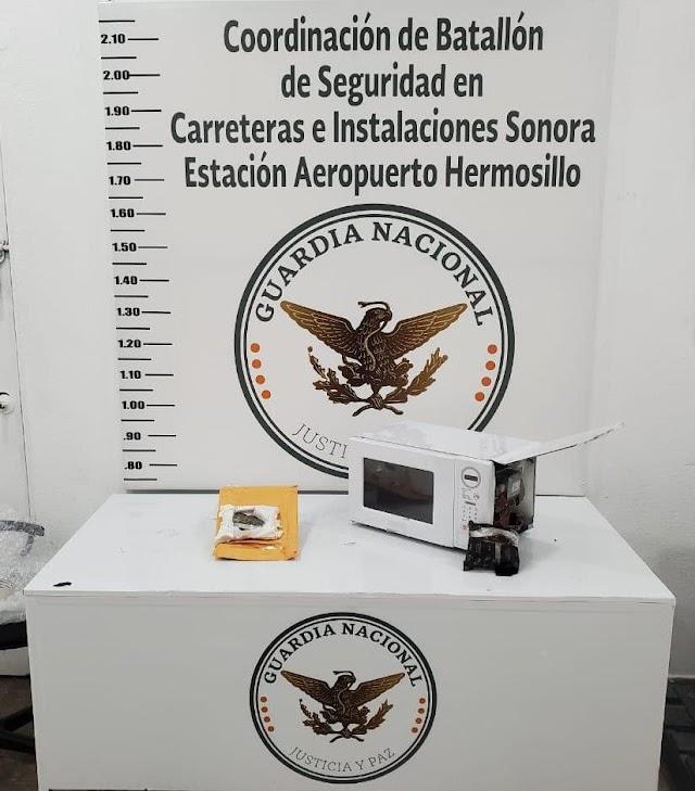 INTERCEPTAN GUARDIAS NACIONALES HORNO DE MICROONDAS QUE TRASLADABA APARENTE MARIHUANA