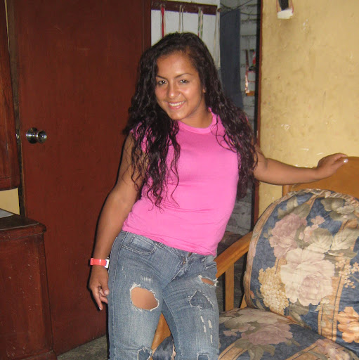 Ingrid Olivares Photo 17