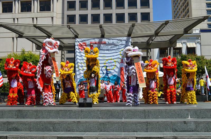 2013-05-11 Taiwanese American Cultural Festival - DSC_0081.JPG