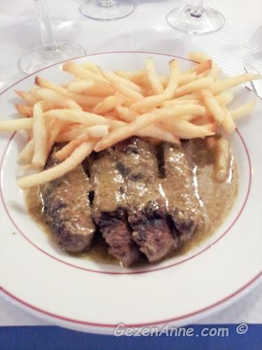 Le Relais de l'Entrecote'ta yediğimiz antrikot, Paris
