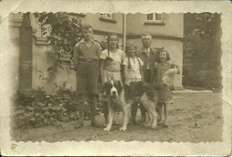Photo: Muller, prawdopodobnie z siostrzeńcami