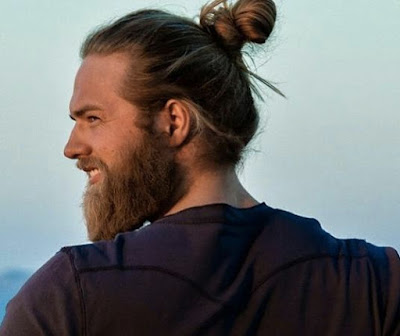 guy%2Bwith%2Bman-bun.jpg