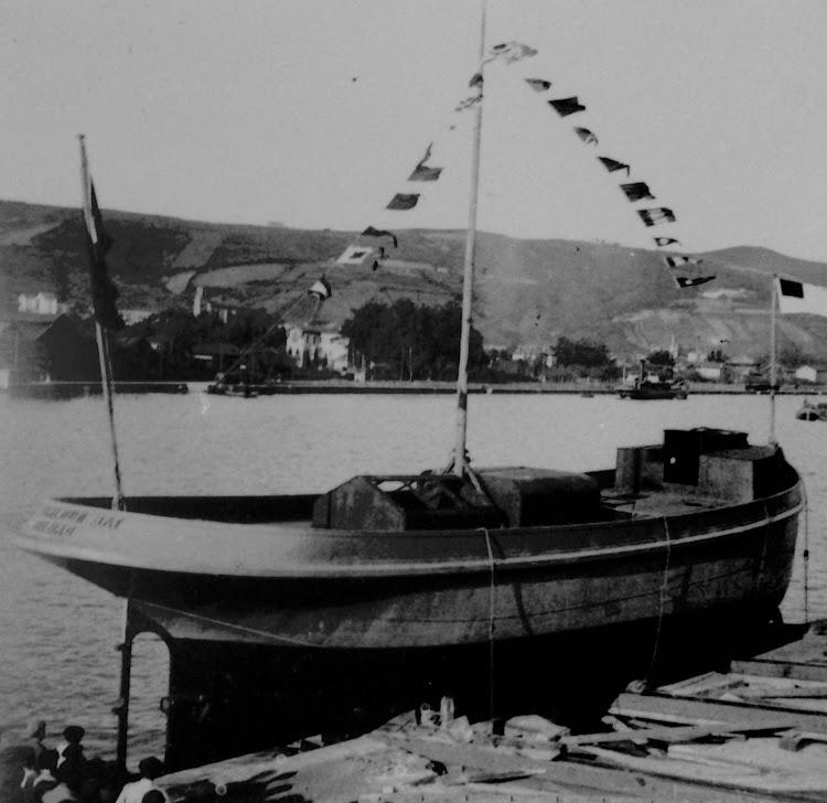 Botadura del EUSKALDUN BAT. Museo Arqueologico, Etnografico e Historico Vasco. Colección Eulalia Abaitua. ABA 00086.tif