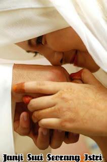Wahai Istri, Katakanlah Ini Pada Suamimu