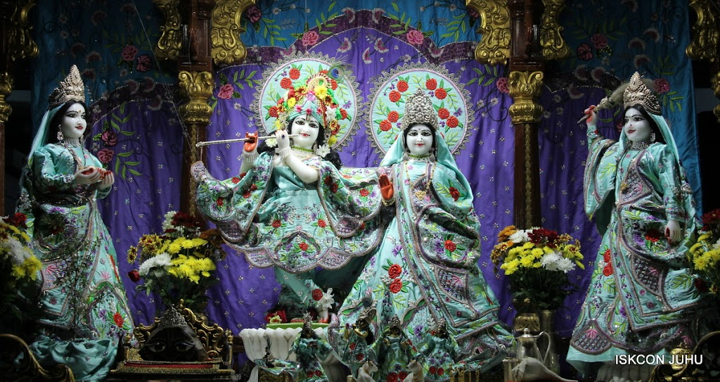 ISKCON Juhu Mangal Deity Darshan on 24th June 2016 (2)