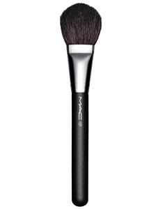 mac-inthespotlight-127splitfibrefacebrush-frontside