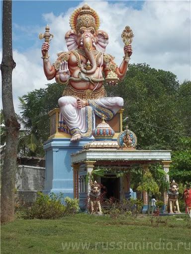 Большая статуя: Ганеш