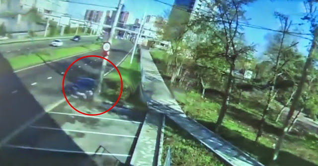 Jogador russo sobre acidente a 170 km/h em Nissan GT-R